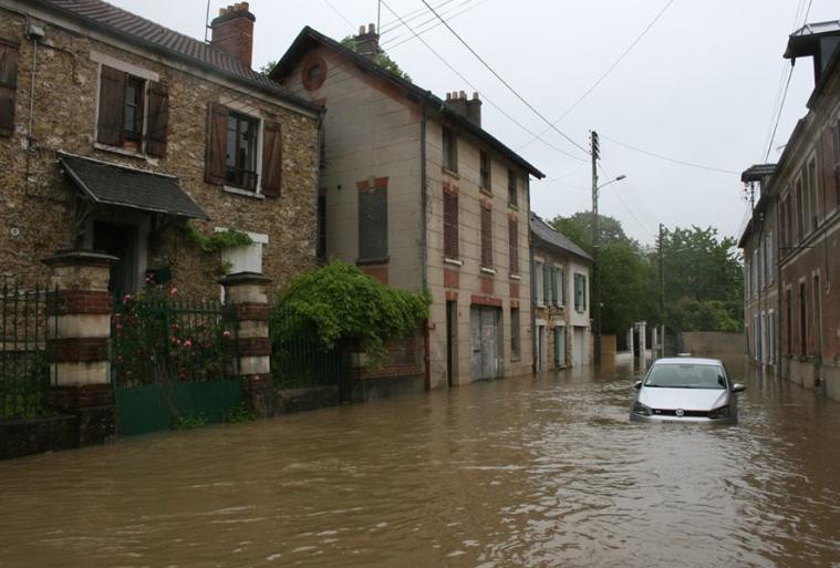 Inondation des routes autour de toussus toussus net - Piscine saint remy les chevreuses ...