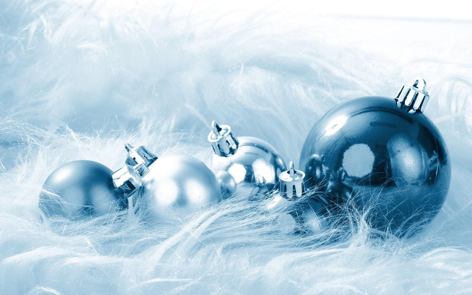 Fonds ecran noel boules 12 toussus net for Fond ecran gratuit hiver noel